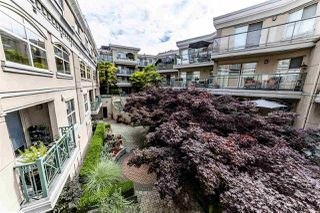 Photo 4: C8 332 LONSDALE Avenue in North Vancouver: Lower Lonsdale Townhouse for sale : MLS®# R2422829
