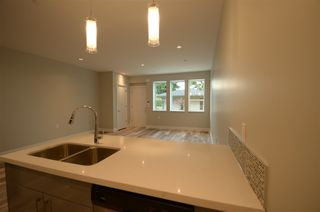 Photo 14: 1473 COLUMBIA Avenue in Port Coquitlam: Mary Hill House for sale : MLS®# R2429056
