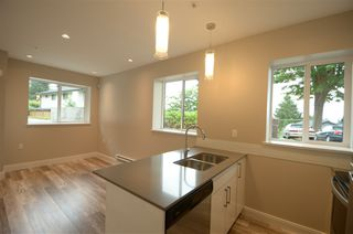 Photo 16: 1473 COLUMBIA Avenue in Port Coquitlam: Mary Hill House for sale : MLS®# R2429056