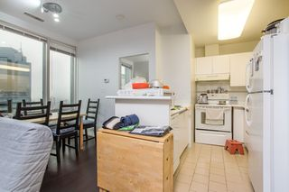 "Photo 9: 1602 989 NELSON Street in Vancouver: Downtown VW Condo for sale in ""The Electra"" (Vancouver West)  : MLS®# R2431678"