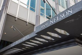 "Photo 2: 1602 989 NELSON Street in Vancouver: Downtown VW Condo for sale in ""The Electra"" (Vancouver West)  : MLS®# R2431678"