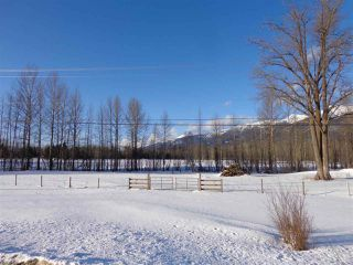 Photo 1: DL 3330 16 Highway in McBride: McBride - Town Land for sale (Robson Valley (Zone 81))  : MLS®# R2438514