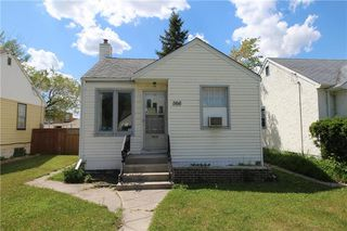 Photo 2: 1166 Strathcona Street in Winnipeg: West End Residential for sale (5C)  : MLS®# 202012366