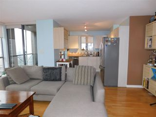 """Photo 9: 1102 850 ROYAL Avenue in New Westminster: Downtown NW Condo for sale in """"THE ROYALTON"""" : MLS®# R2465488"""