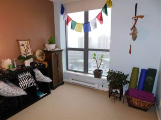 """Photo 11: 1102 850 ROYAL Avenue in New Westminster: Downtown NW Condo for sale in """"THE ROYALTON"""" : MLS®# R2465488"""