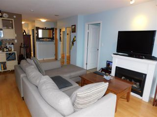 """Photo 3: 1102 850 ROYAL Avenue in New Westminster: Downtown NW Condo for sale in """"THE ROYALTON"""" : MLS®# R2465488"""