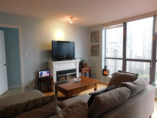 """Photo 8: 1102 850 ROYAL Avenue in New Westminster: Downtown NW Condo for sale in """"THE ROYALTON"""" : MLS®# R2465488"""