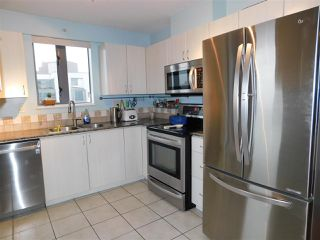 """Photo 10: 1102 850 ROYAL Avenue in New Westminster: Downtown NW Condo for sale in """"THE ROYALTON"""" : MLS®# R2465488"""