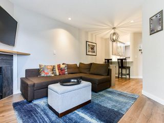 """Photo 1: 404 509 CARNARVON Street in New Westminster: Downtown NW Condo for sale in """"HILLSIDE PLACE"""" : MLS®# R2507669"""