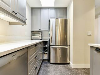 """Photo 8: 404 509 CARNARVON Street in New Westminster: Downtown NW Condo for sale in """"HILLSIDE PLACE"""" : MLS®# R2507669"""