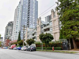 """Photo 24: 404 509 CARNARVON Street in New Westminster: Downtown NW Condo for sale in """"HILLSIDE PLACE"""" : MLS®# R2507669"""