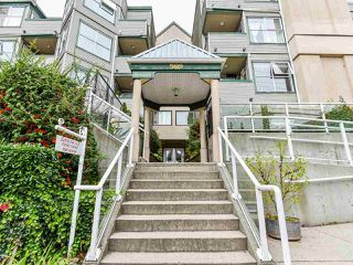 """Photo 22: 404 509 CARNARVON Street in New Westminster: Downtown NW Condo for sale in """"HILLSIDE PLACE"""" : MLS®# R2507669"""