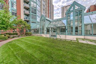 """Photo 19: 910 939 HOMER Street in Vancouver: Yaletown Condo for sale in """"THE PINNACLE"""" (Vancouver West)  : MLS®# R2512936"""