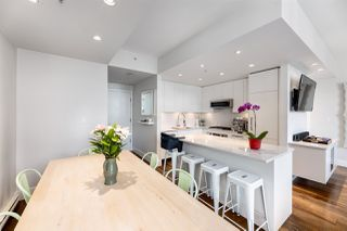 Photo 1: 601 531 BEATTY STREET in Vancouver: Downtown VW Condo for sale (Vancouver West)  : MLS®# R2490914