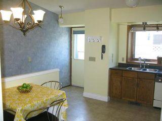 Photo 6: Charming 4 Bedroom Bungalow