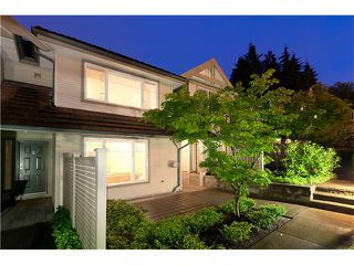 "Photo 2: 7 2351 PARKWAY Boulevard in Coquitlam: Westwood Plateau Townhouse for sale in ""WIND DANCE"" : MLS®# V960053"