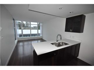 """Photo 4: 608 4888 NANAIMO Street in Vancouver: Knight Condo for sale in """"2300 Kingsway"""" (Vancouver East)  : MLS®# V982391"""