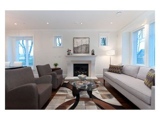 Photo 2: 2890 W 13TH Avenue in Vancouver: Kitsilano House for sale (Vancouver West)  : MLS®# V985800