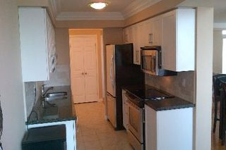 Photo 2: 711 35 Kingsbridge Garden Circle in Mississauga: Hurontario Condo for lease : MLS®# W2601180