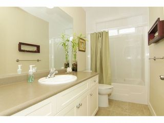 """Photo 16: 7051 196B Street in LANGLEY: Willoughby Heights House for sale in """"ROUTLEY"""" (Langley)  : MLS®# F1314204"""