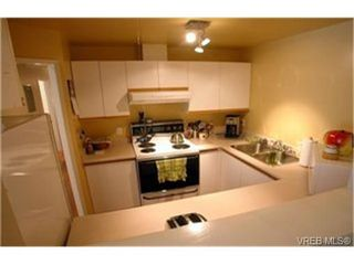 Photo 4:  in VICTORIA: Vi Fernwood Condo for sale (Victoria)  : MLS®# 438901