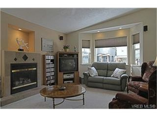 Photo 2:  in VICTORIA: La Mill Hill Single Family Detached for sale (Langford)  : MLS®# 455546