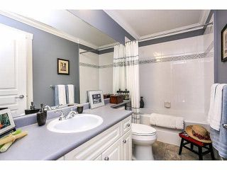 """Photo 18: 15053 27A Avenue in Surrey: Sunnyside Park Surrey Townhouse for sale in """"DAVENTRY"""" (South Surrey White Rock)  : MLS®# F1421884"""