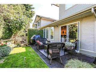 "Photo 19: 15053 27A Avenue in Surrey: Sunnyside Park Surrey Townhouse for sale in ""DAVENTRY"" (South Surrey White Rock)  : MLS®# F1421884"