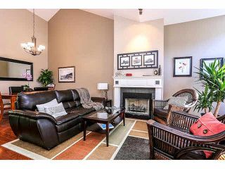 "Photo 2: 15053 27A Avenue in Surrey: Sunnyside Park Surrey Townhouse for sale in ""DAVENTRY"" (South Surrey White Rock)  : MLS®# F1421884"