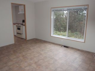 Photo 4: 2061 Fielder Road in Agassiz: Harrison Mills Manufactured Home for sale : MLS®# H1404371