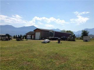 Photo 6: 9695 PREST RD in Chilliwack: East Chilliwack House for sale : MLS®# H2152597