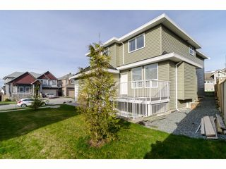Photo 3: 14598 59B Avenue in : Sullivan Station House for sale (Surrey)  : MLS®# F1408791