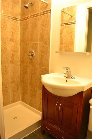 Photo 10: 1526 COMO LAKE AVENUE in Coquitlam: Condo for sale : MLS®# R2057222