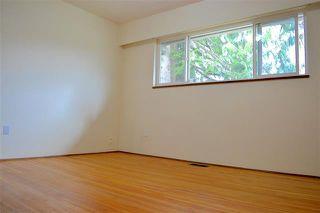Photo 9: 1526 COMO LAKE AVENUE in Coquitlam: Condo for sale : MLS®# R2057222