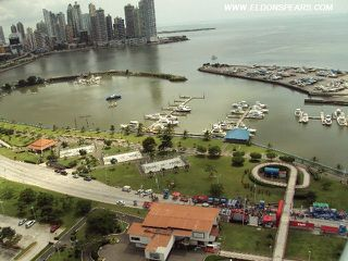 Photo 3:  in Panama City: PH Yacht Club Residential Condo for sale (Avenida Balboa)  : MLS®# MJA1 - PJ