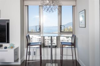 Photo 4: 1503 1625 HORNBY STREET in Vancouver: Yaletown Condo for sale (Vancouver West)  : MLS®# R2262756