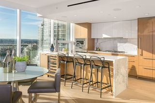 Photo 2: 1503 499 PACIFIC STREET in Vancouver: Yaletown Condo for sale (Vancouver West)  : MLS®# R2332998