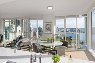 Photo 5: 1503 499 PACIFIC STREET in Vancouver: Yaletown Condo for sale (Vancouver West)  : MLS®# R2332998