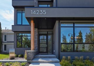 Photo 3: 14235 Summit Drive NW: Edmonton House for sale