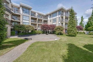 "Photo 20: 201 15168 19 Avenue in Surrey: Sunnyside Park Surrey Condo for sale in ""The Mint"" (South Surrey White Rock)  : MLS®# R2388205"