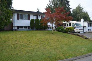Photo 1: 34518 ETON Crescent in Abbotsford: Abbotsford East House for sale : MLS®# R2409840