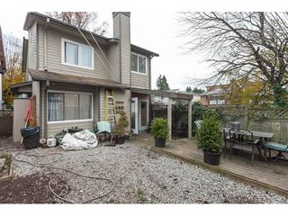 Photo 18: 304 NICHOLAS Crescent in Langley: Aldergrove Langley House for sale : MLS®# R2419263