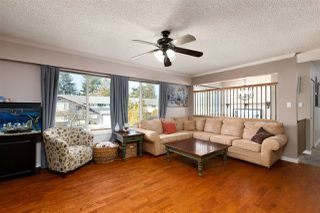 Photo 9: 4942 208A Street in Langley: Langley City House for sale : MLS®# R2453894