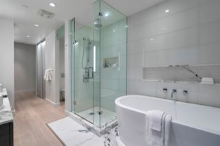 """Photo 22: 3201 1499 W PENDER Street in Vancouver: Coal Harbour Condo for sale in """"West Pender Place"""" (Vancouver West)  : MLS®# R2466343"""