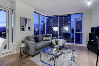 "Photo 4: 1005 1211 MELVILLE Street in Vancouver: Coal Harbour Condo for sale in ""THE RITZ"" (Vancouver West)  : MLS®# R2474482"