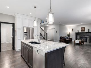 Photo 13: 194 VALLEY POINTE Way NW in Calgary: Valley Ridge Detached for sale : MLS®# A1011766