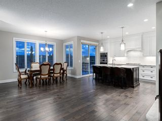 Photo 7: 194 VALLEY POINTE Way NW in Calgary: Valley Ridge Detached for sale : MLS®# A1011766