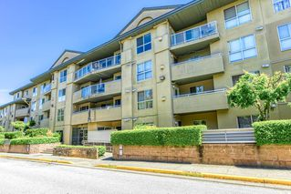 Photo 1: 306 13780 76 Avenue in Surrey: East Newton Condo for sale : MLS®# R2488435