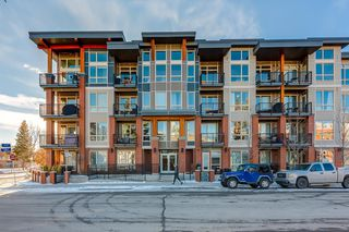 Main Photo: 214 305 18 Avenue SW in Calgary: Mission Apartment for sale : MLS®# A1051694