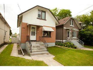 Photo 2: 398 Deschambault Street in WINNIPEG: St Boniface Residential for sale (South East Winnipeg)  : MLS®# 1212078